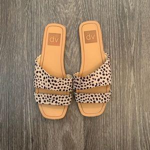 dolce vita leopard print sandals size 6
